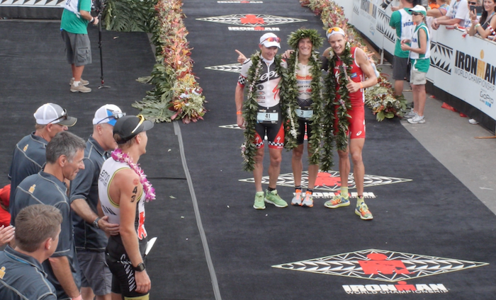 VIDEO: LLegada de los Tops en Kona