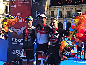 Vitoria triathlon podio masculino