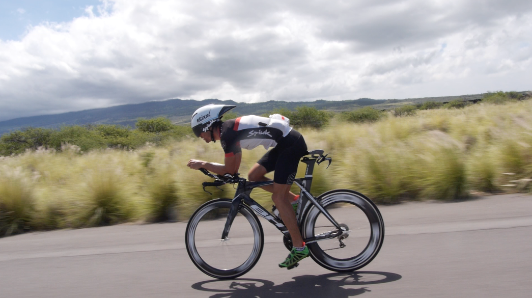 VIDEO:  El decano y el debutante, Eneko y Blanchart, previo IRONMAN de Hawaii