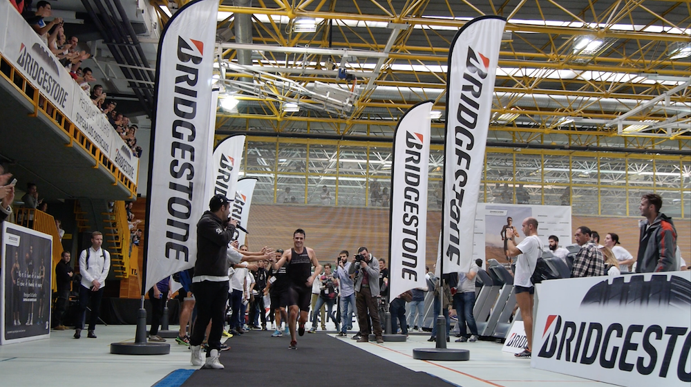 VIDEO: Triatlon Indoor Bridgeston – Javier Gómez Noya