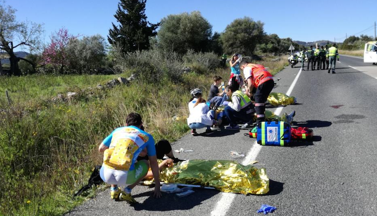 Triatletas afectados en el multitudinario accidente de Mallorca