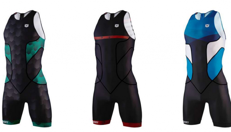 Taymory refuerza el stock de monos de triatlon