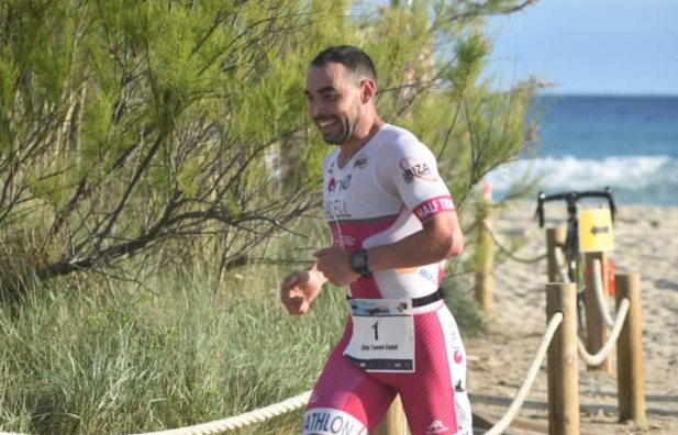 Guillem Tomeu y Sabrina Stadelmann vencen el Total Tri Mallorca