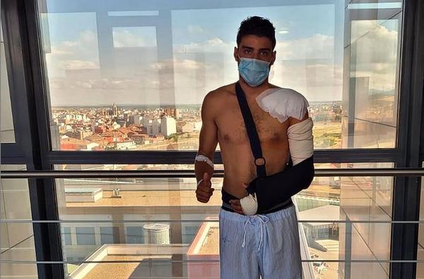 Kevin Tarek pasa por el quirófano
